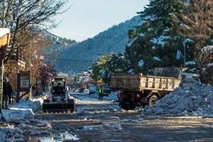 WEB-Tras-el-temporal-avanzan-los-trabajos-de-limpieza-en-San-Martín-de-los-Andes_2242_031